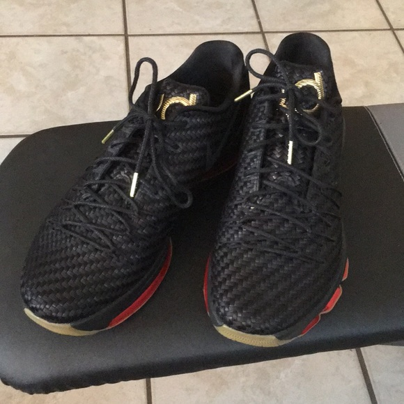 7d7d074ae39d Nike KD 8 EXT. M 5b59c131c2e88e9d6babbf23